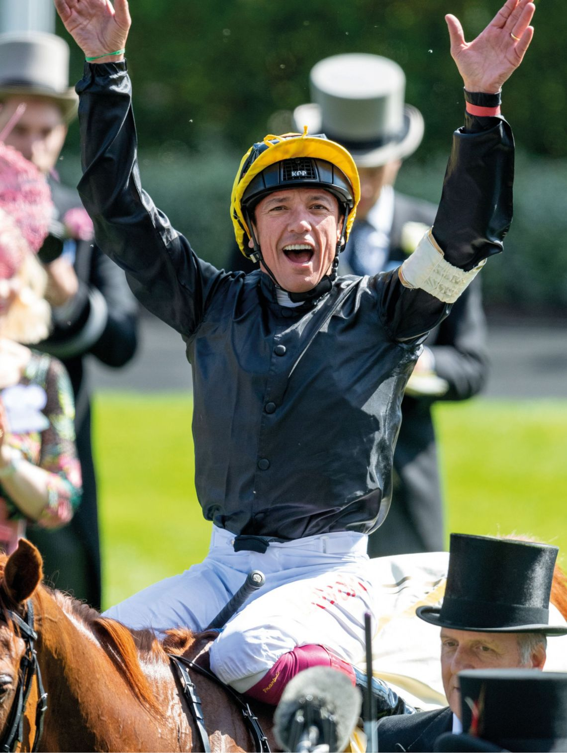 Frankie Dettori wins the Gold Cup 2018